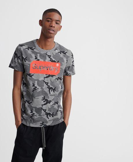 camiseta-para-hombre-core-logo-tag-camo-aop-tee-superdry