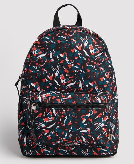 morral-para-mujer-urban-aop-backpack-superdry