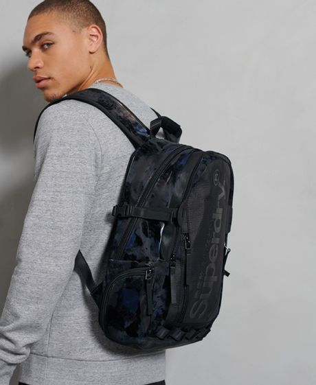 morral-para-hombre-harbour-tarp-backpack-superdry